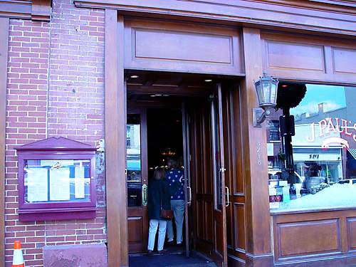 j-pauls-restaurant-washington-dc-4