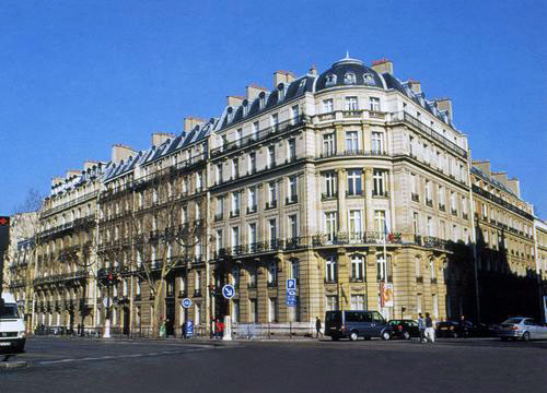 L'Étoile / Paris, France